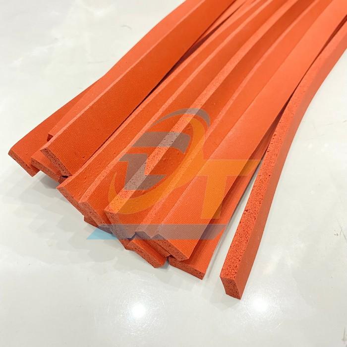 Silicone xốp đỏ chịu nhiệt 8x20mm dài 1m