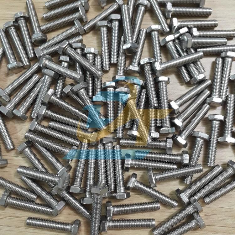 Bulon inox 201 M6x30  VietNam   Giá rẻ nhất - Công Ty TNHH Thương Mại Dịch Vụ Đạt Tâm