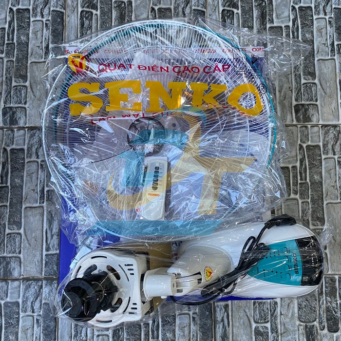 Quạt treo tường Senko TR1628 (có remote) TR1628 Sankyo | Giá rẻ nhất - Công Ty TNHH Thương Mại Dịch Vụ Đạt Tâm